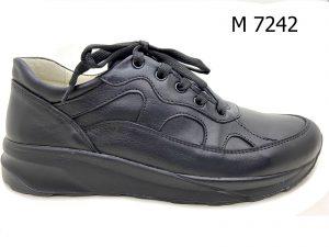 M 7242
